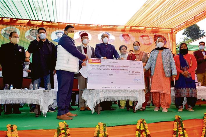 Safety norms ignored at CM's Kangra function