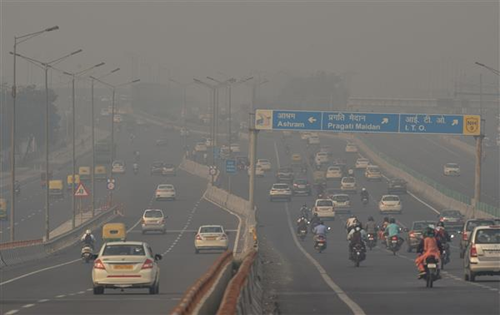 Delhi's air quality slips from 'very poor' category to 'severe'