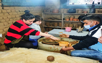 Kareena Kapoor and Taimur learning pottery in Dharamkot art studio go viral on social media