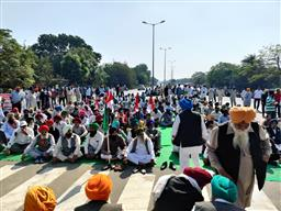 As trains resume in Punjab, farmers block traffic in Amritsar