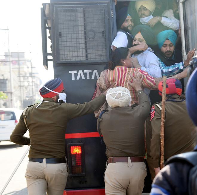 AAP, YAD seek rape case against Simarjit Singh Bains