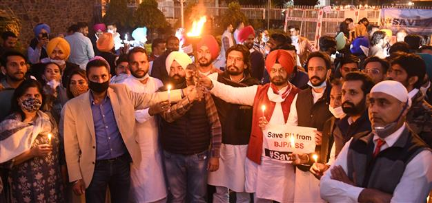 Protest against delay in Senate elections
