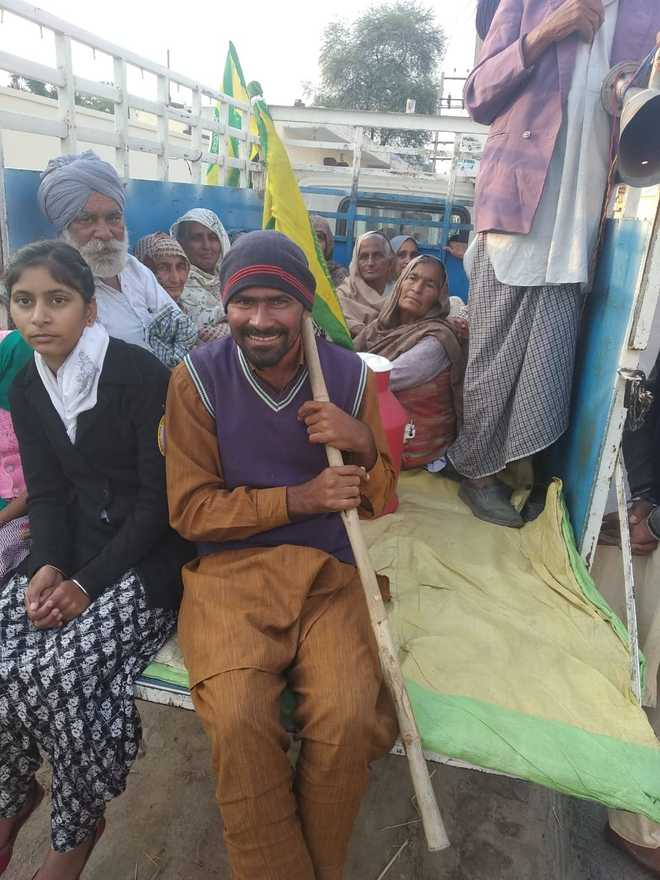 Differently-abled keep farmers going in Bathinda