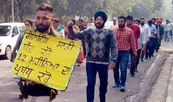 Punjabi University guest faculty begin hunger strike, to observe black Diwali