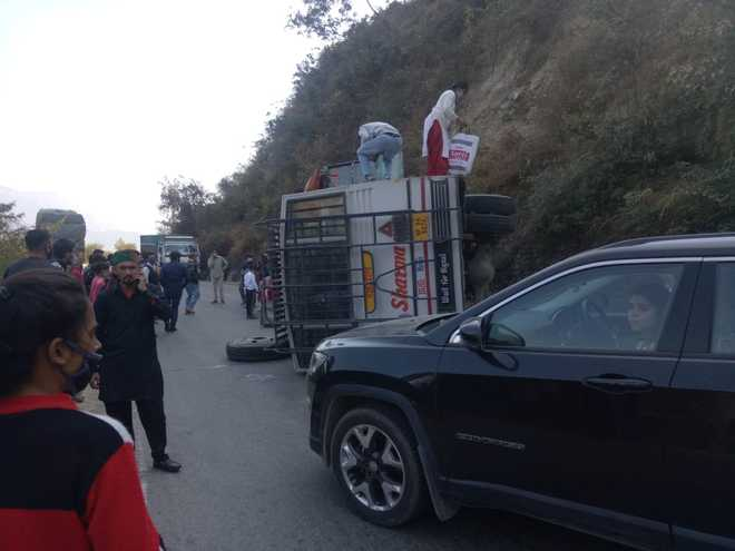 Rash driving rampant in Solan