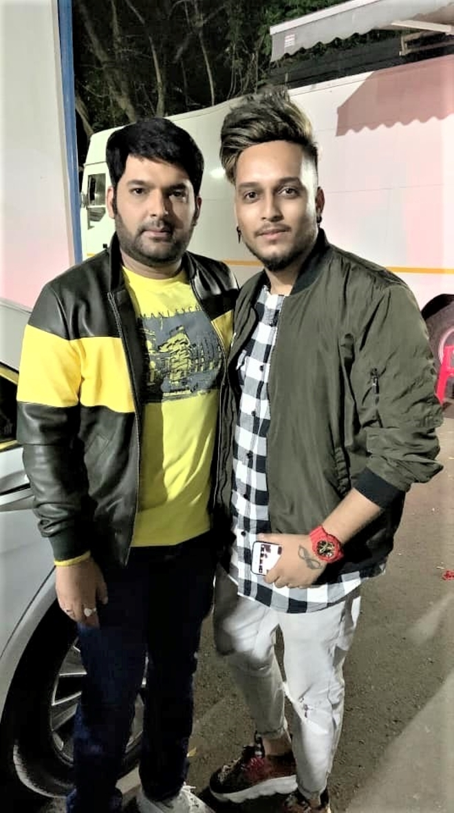 Mark of respect: OyeKunaal gets Kapil Sharma's name inked on his hand