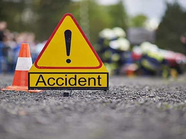 Four hurt in road mishaps