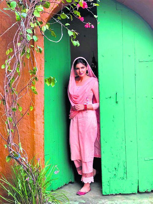 Ihana Dhillon shines in love ballad