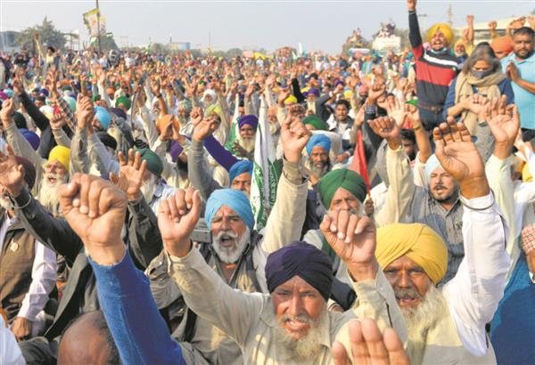 New batches leave for Delhi protest