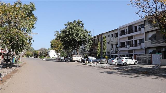 Curfew to continue in Chandigarh till April 14