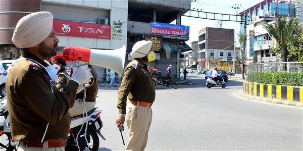Police claim they were attacked as they enforced curfew in Moga, injury to SHO