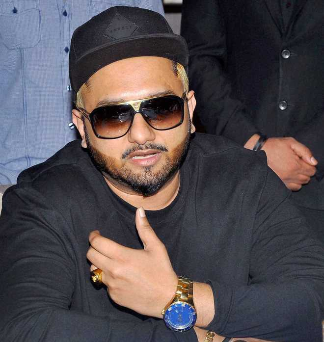 Yo Yo Honey Singh On Fear Of Someone Taking His Place Was Away From 2017 I Composed 60 Songs Presenting the full video song of yo yo honey singh comeback video makhna. yo yo honey singh on fear of someone