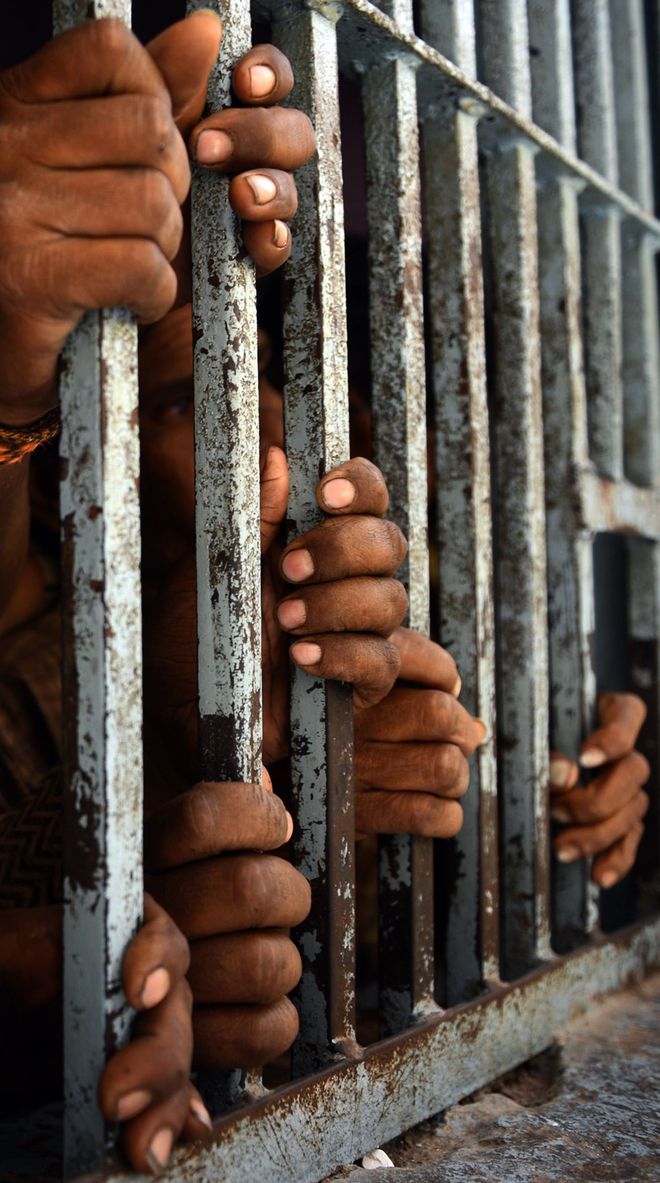 Govt to release 3K convicts on parole to decongest prisons