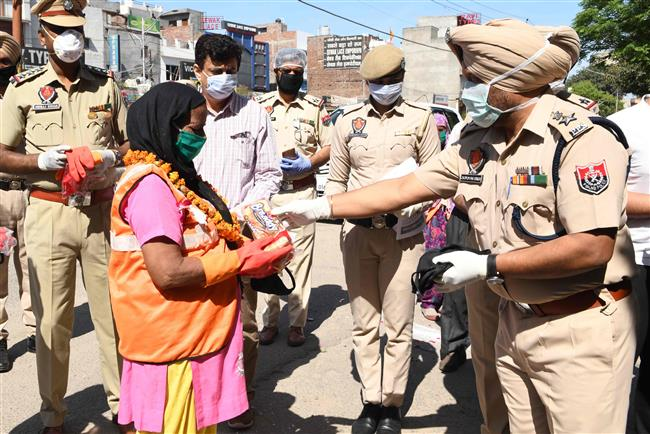 Coronavirus: Punjab announces Rs 50-lakh cover for frontline cops, sanitation workers