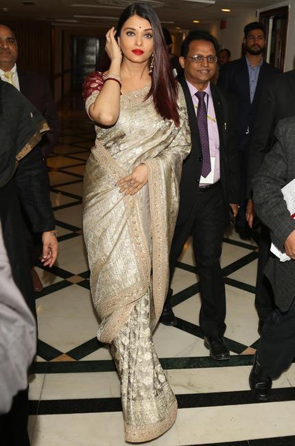 Aishwarya Rai Bachchan's 23-year-old dance clip from unreleased film goes viral