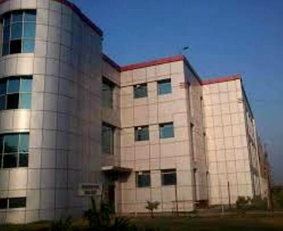Private colleges have no cash to pay staff, 1 lakh affected