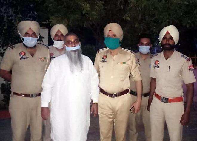 Controversial Shiv Sena leader Sudhir Suri arrested in Amritsar