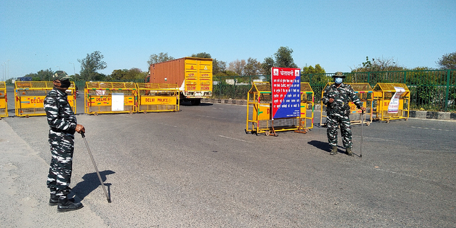 Ghaziabad-Delhi border sealed again; essential services personnel allowed