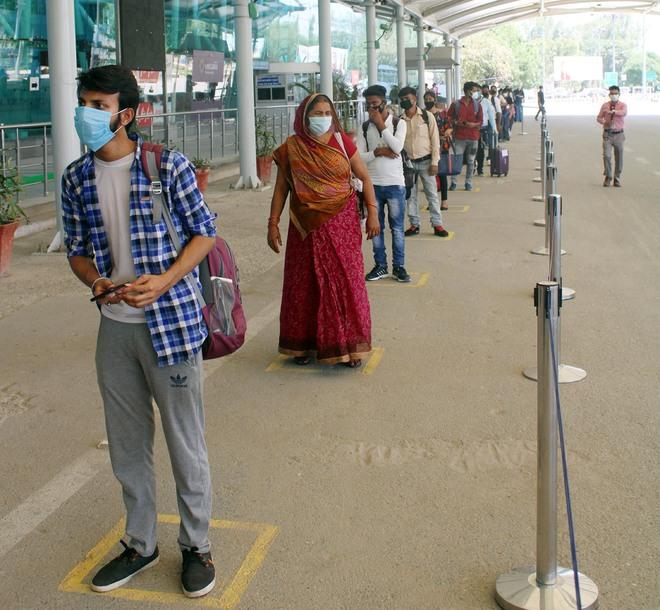 5 flights land at Amritsar airport, as many take off