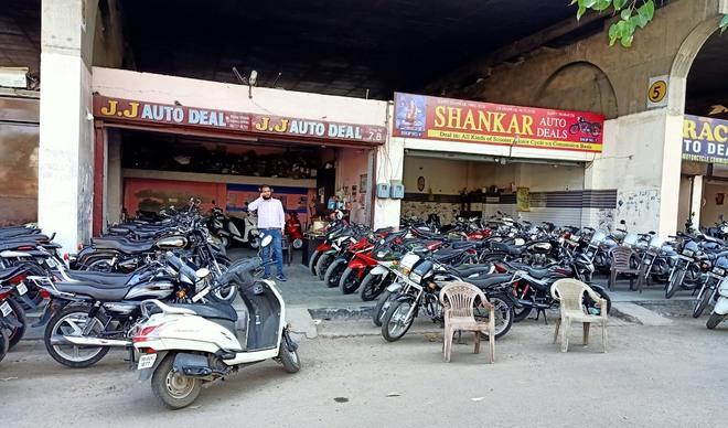 Migrant exodus hits scooter market sales