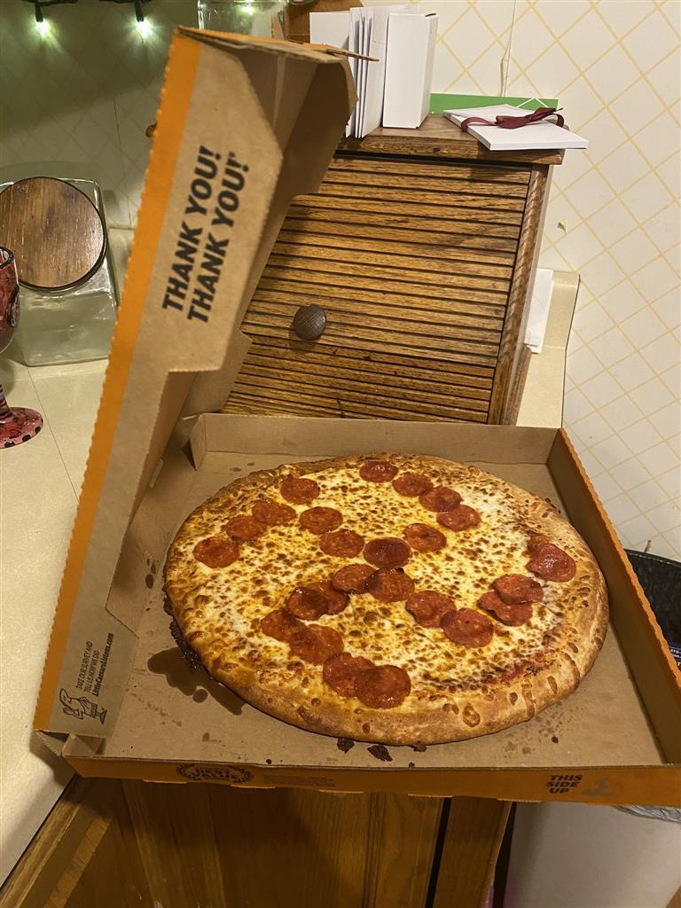 Pepperoni swastika shocks Ohio couple; two Little Caesars employees fired
