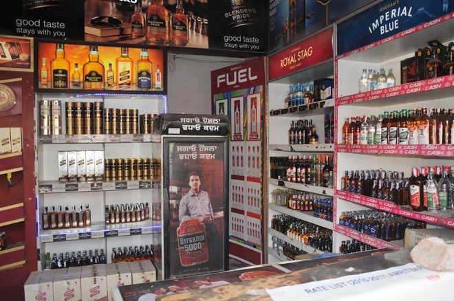 Delhi govt lifts 'special corona fee' on liquor from Jun 10, but raises VAT