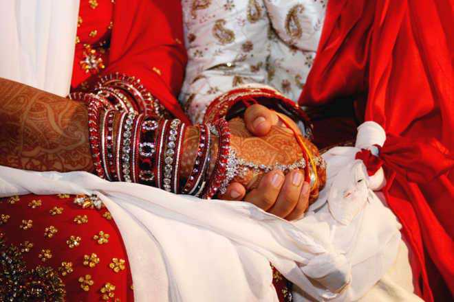Couple fined Rs 10,000 for not wearing masks during wedding ceremony