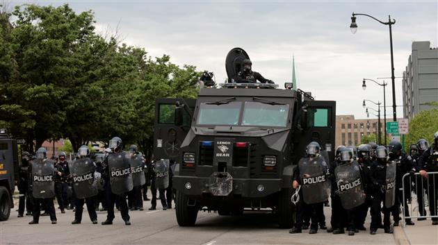 George Floyd death: Trump threatens to use military to quell violent protests across US