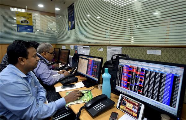 Indices notch marginal decline; energy, financial stocks drag