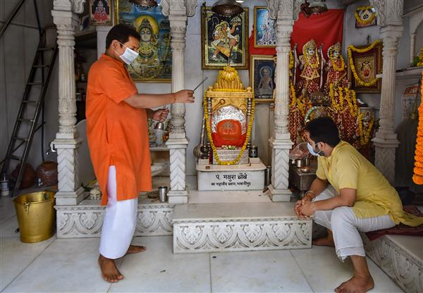 No prasad, touching of idols at shrines; govt also issues SOPs for shopping malls, restaurants