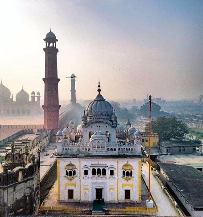 Maharaja Ranjit Singh's memorials face neglect both in India & Pak