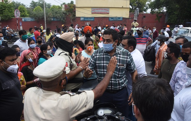 Parents protest against school fees in Ludhiana