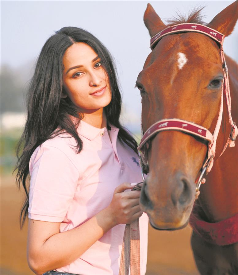 Sheen Dass rose to fame as the lead in Piyaa Albela