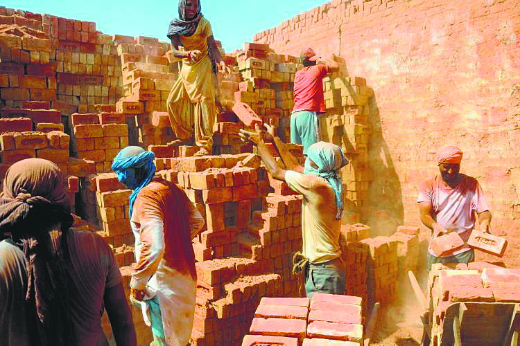 Probe ordered into fake registration of construction workers in Punjab