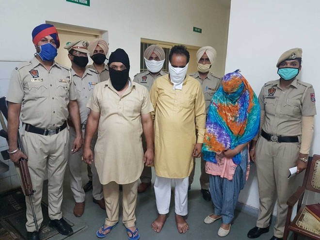 Sub-inspector, 2 others arrested for extortion in Ludhiana