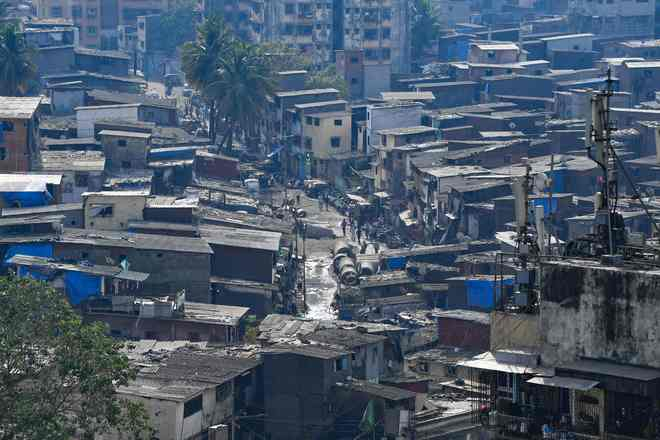 Centre Praises Mumbai Civic Body For COVID Growth Dip In Dharavi