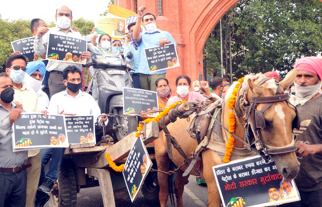 Price hike fuels protest in Bathinda and Amritsar