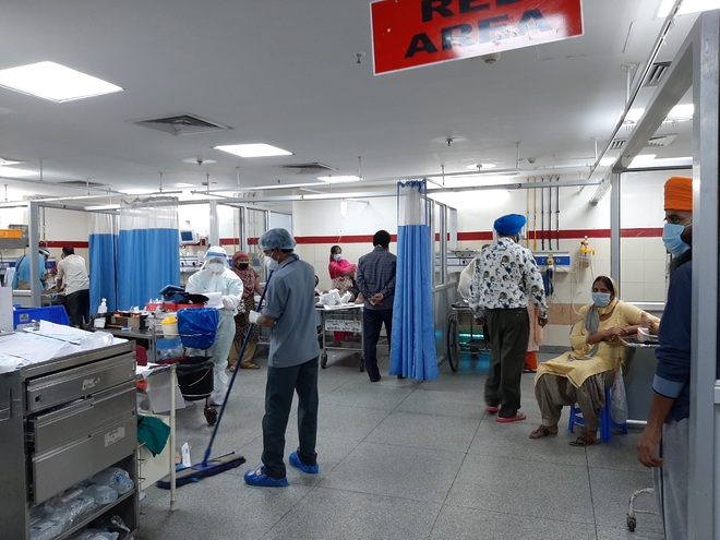 Cubicles come up at PGI's emergency ward