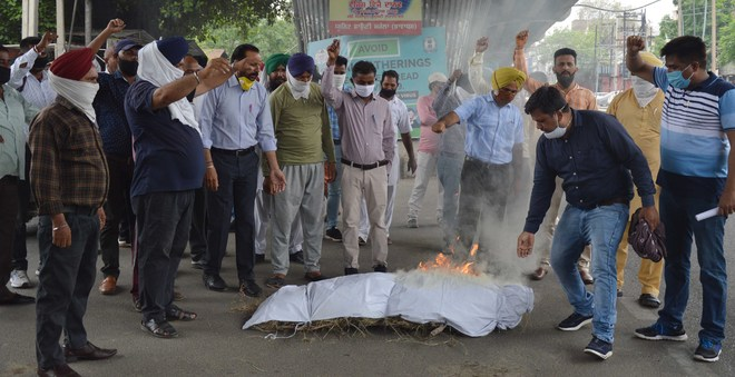 Power staff up in arms over demands in Ludhiana