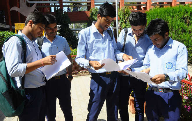 CBSE declares Class 12 results, HRD minister wishes students good luck