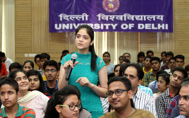 COVID-19: HC asks UGC, HRD Ministry to clear stand on final year exams in all varsities