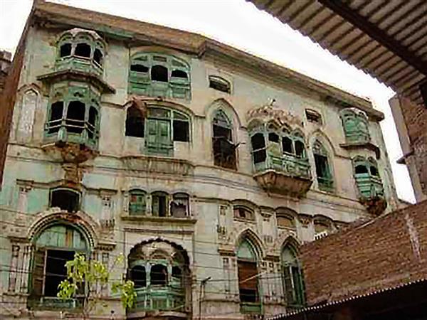 'Kapoor Haveli' in Pakistan faces demolition threat