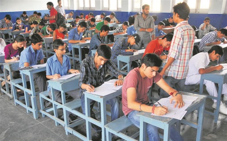 Govt forms panel to review JEE, NEET-UG schedules; report by Friday