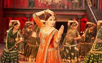 Madhuri Dixit on Saroj Khan's demise: Devastated by the loss of my friend and guru