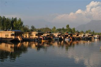 J&K administration looks at reopening tourism; says SOPs, guidelines to be issued soon