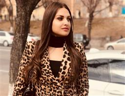 Himanshi Khurana reveals someone slashed her car's tyres near Chandigarh, says 'this won't stop me from working'