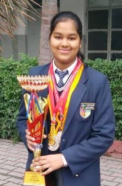 Meet Jhanvi, a national-level Jalandhar swimmer and 88.6% scorer
