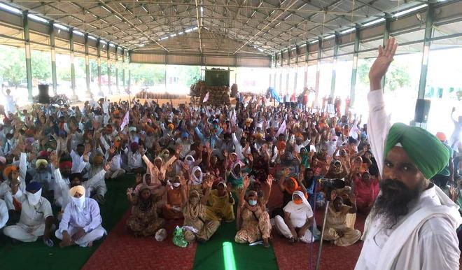 Lohian farmers slam ordinances, Electricity Amendment Bill 2020