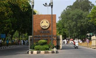 PGI to appoint nodal officer to tackle referred Covid-19 cases
