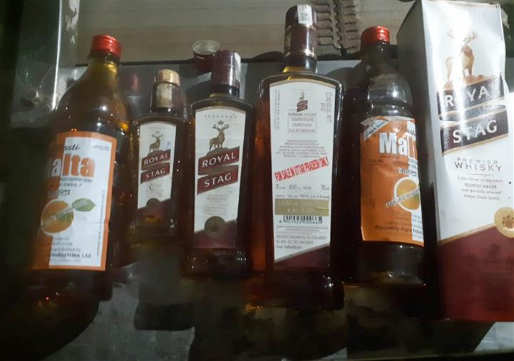 Liquor deaths: Punjab ministers press for action against excise officials, cops